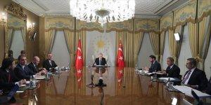Cumhurbaşkanı Erdoğan, Macron, Merkel ve Johnson'la görüşme gerçekleştirdi