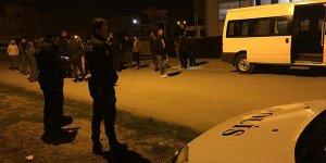 Adana'da aynı mahalledeki 2 ev kurşunlandı