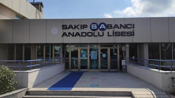sakip-sabanci-anadolu-lisesi-1.jpeg