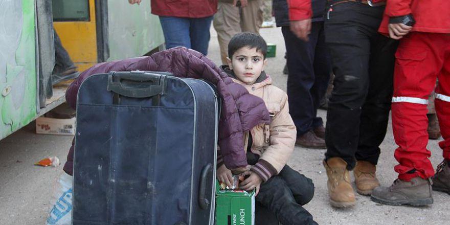 Suriye'de kuşatma bölgelerinden tahliyeler