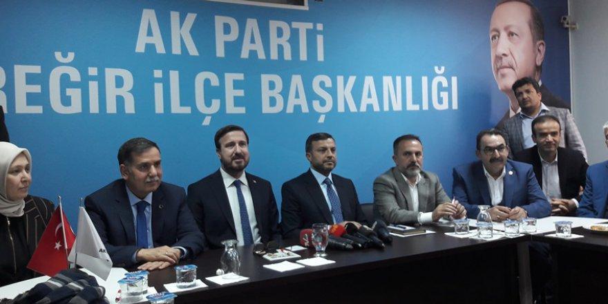 Yeni Başkan Kocaispir'in basın toplantısı başladı ..