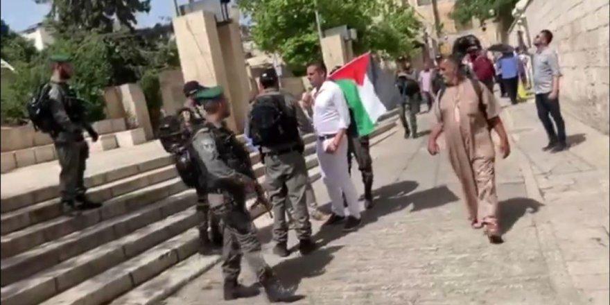 İsrail güçleri Kudüs'te Türk kökenli milletvekilini gözaltına aldı