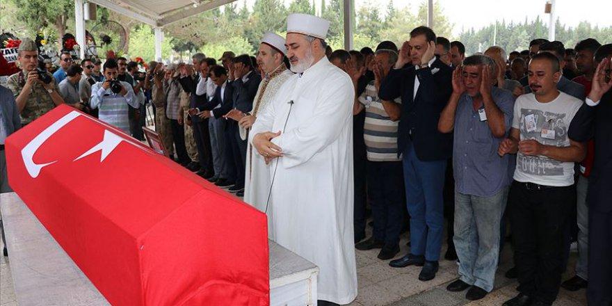 Şehit Uzman Onbaşı Yücel son yolculuğuna dualarla uğurlandı