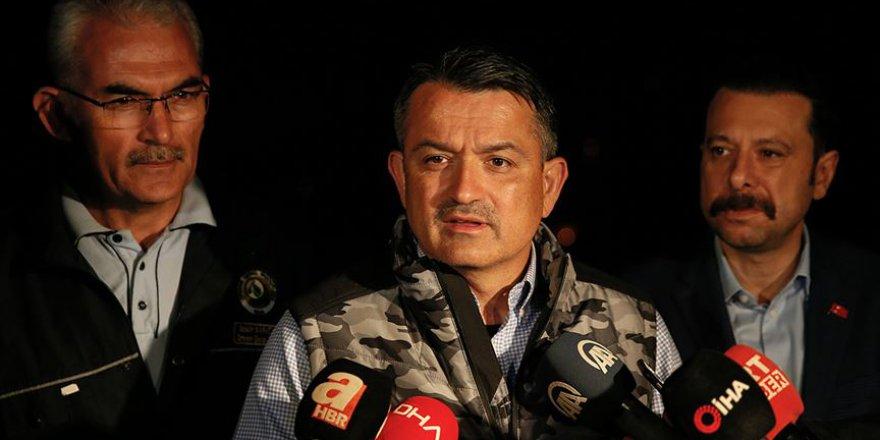 Tarım ve Orman Bakanı Pakdemirli: Binlerce ufak ufak yangınla mücadele ediyoruz