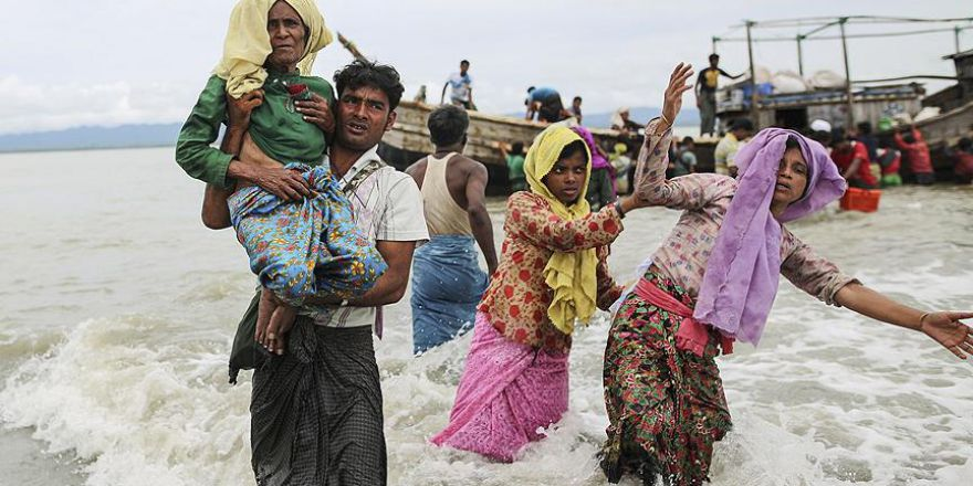 Bangladeş'e sığınan Arakanlı Müslüman sayısı 400 bine yaklaştı