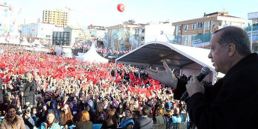 Cumhurbaşkanı Erdoğan: Yeni anayasa temennim odur ki parlamentodan 330'u aşarak geçer