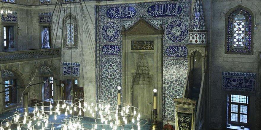 """Bu camide """"cennet""""ten parçalara dokunmak mümkün"""